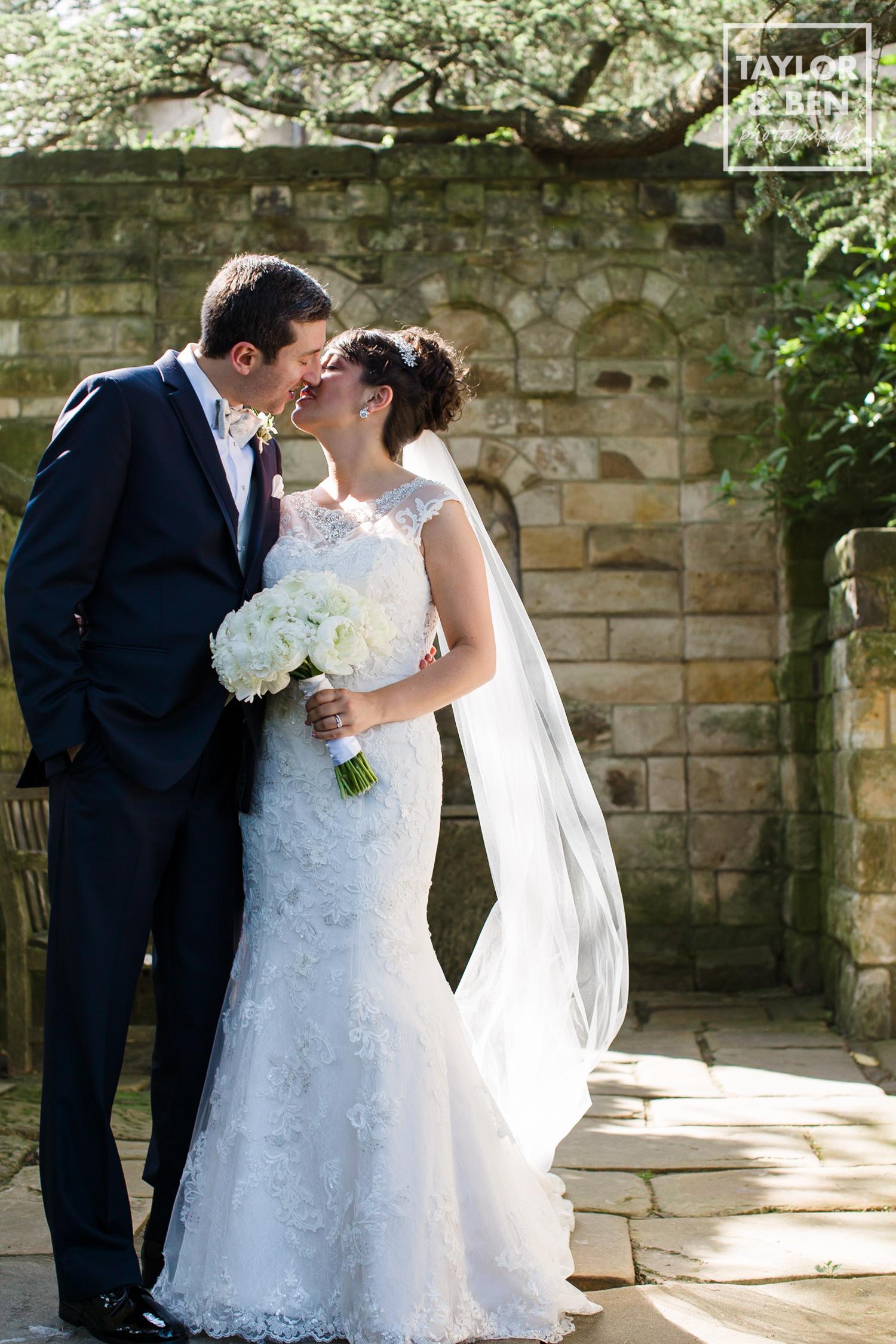 bishops-garden-wedding-photographer-001